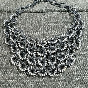 GORGEOUS CHARCOAL GRAY CHAIN WITH GEMS